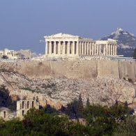 L'Acropole est le produit d'hommes qui savent assumer leurs engagements.