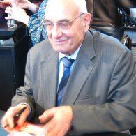 Hommage à Max Gallo (1932-2017), dont la propre histoire est liée à jamais à celle de la France.